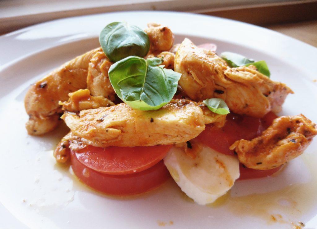 kylilng med mozzarella og tomat